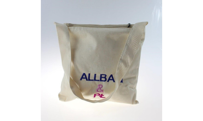 Torba z panelem fotowoltaicznym - produkt firmy Allbag